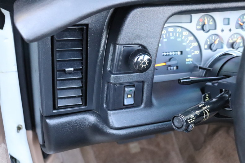 521347772bdc9 low res 1992 chevrolet camaro