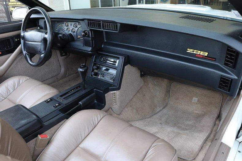 52158181f008c low res 1992 chevrolet camaro