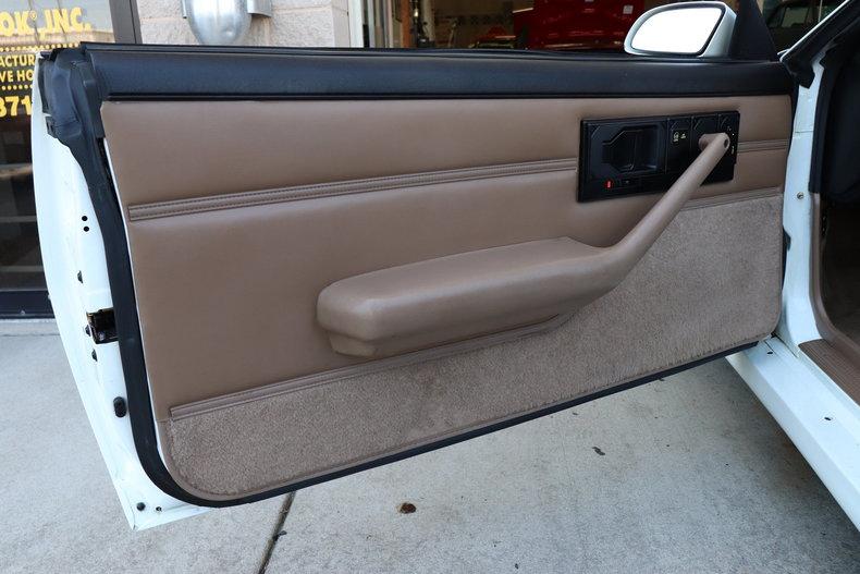 52161e9101a30 low res 1992 chevrolet camaro