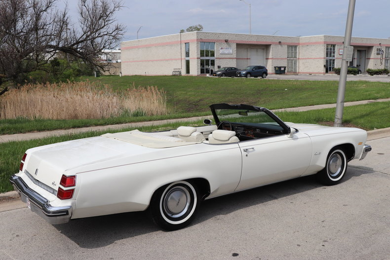 52312255526b1 low res 1974 oldsmobile delta 88 royale convertible