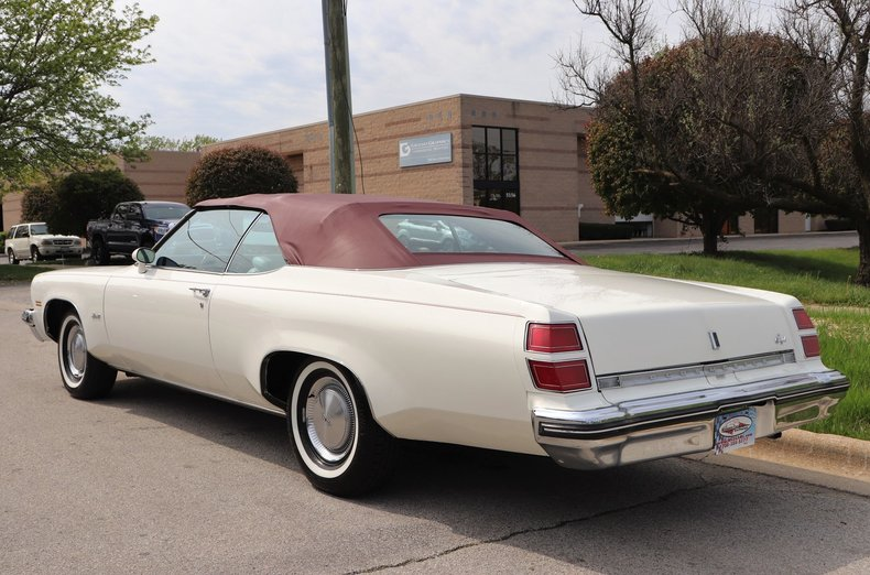 523486ebcd520 low res 1974 oldsmobile delta 88 royale convertible