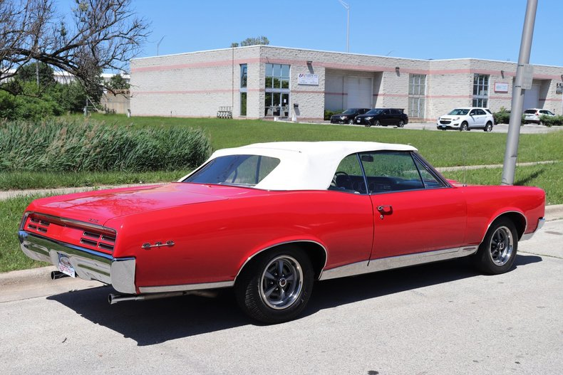 537982641f7c4 low res 1967 pontiac gto ho