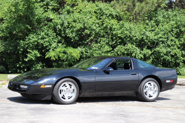 537213503cf26 low res 1990 chevrolet corvette zr1