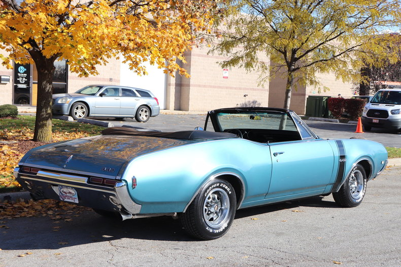 6105044e35033 low res 1968 oldsmobile 442 convertible