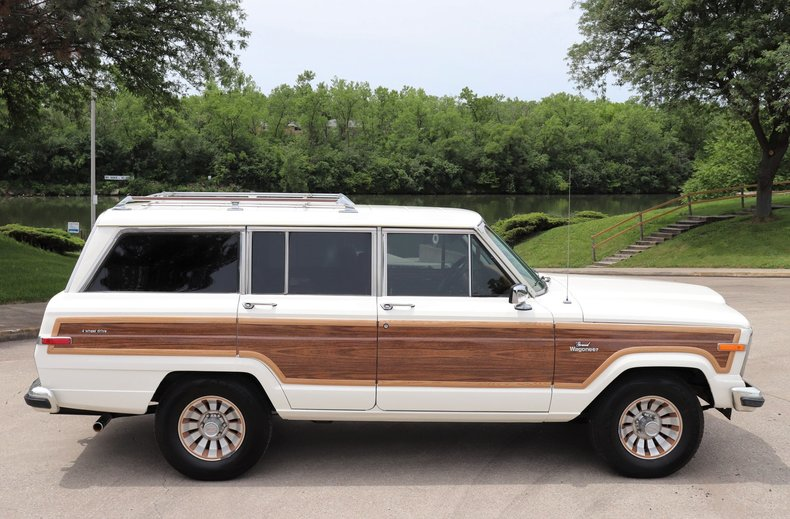540953e196727 low res 1985 jeep grand wagoneer