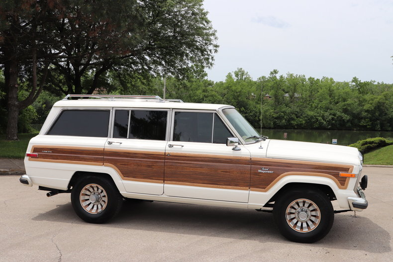 54097a54fa448 low res 1985 jeep grand wagoneer