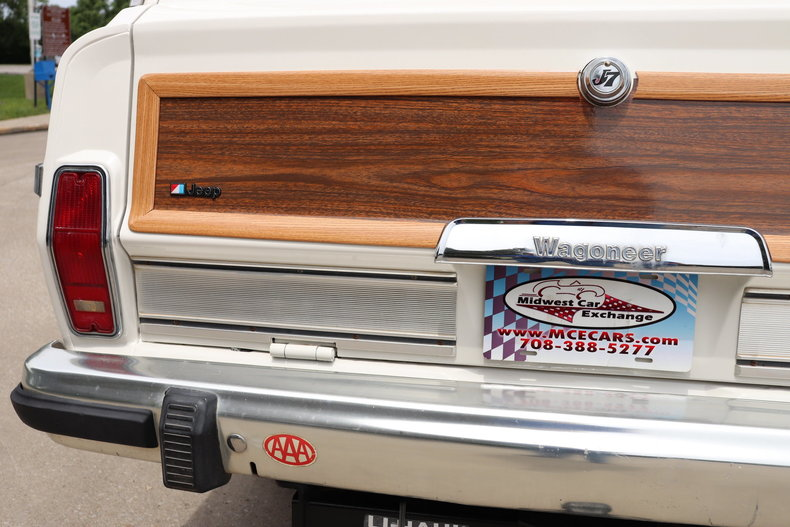 5411642c80520 low res 1985 jeep grand wagoneer