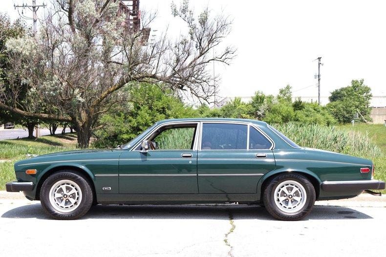 54187fdbe2e19 low res 1987 jaguar xj6