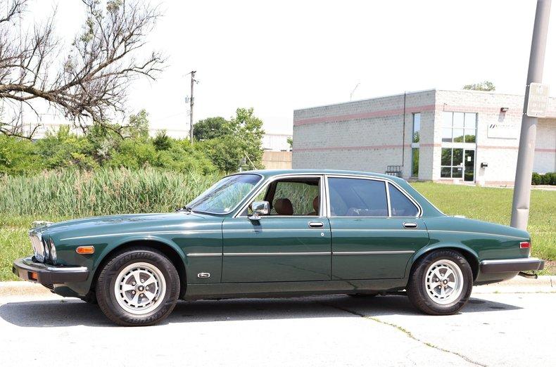 54188125d4424 low res 1987 jaguar xj6
