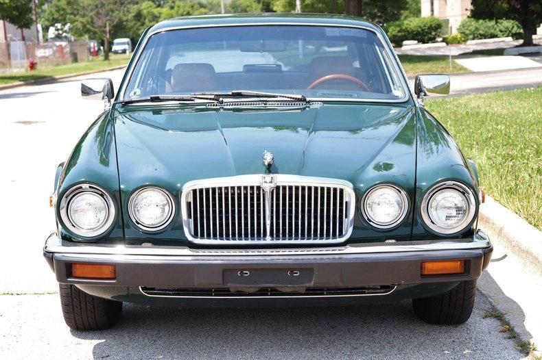 541981caedac8 low res 1987 jaguar xj6
