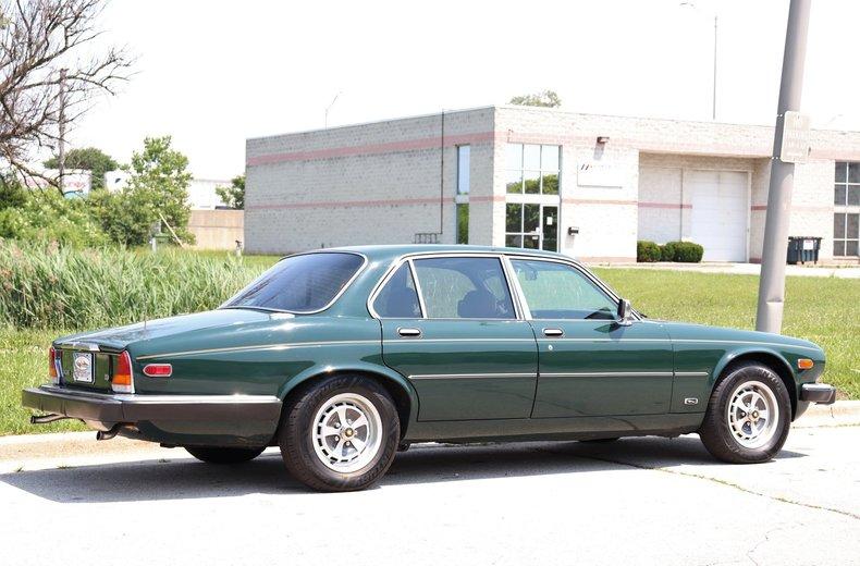 5421099c590c9 low res 1987 jaguar xj6