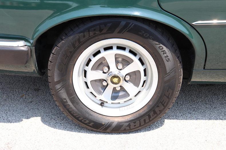 5421348d180f4 low res 1987 jaguar xj6