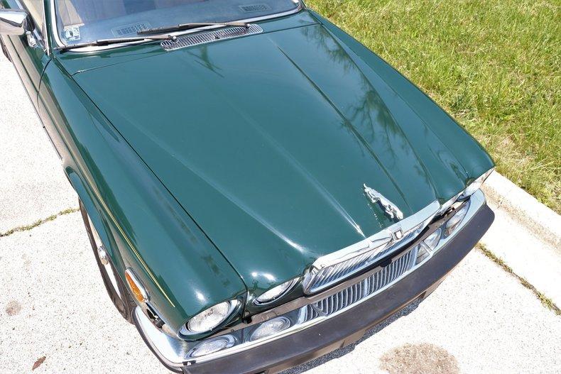 542156fd6d8f7 low res 1987 jaguar xj6
