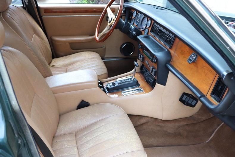 5423950d005af low res 1987 jaguar xj6