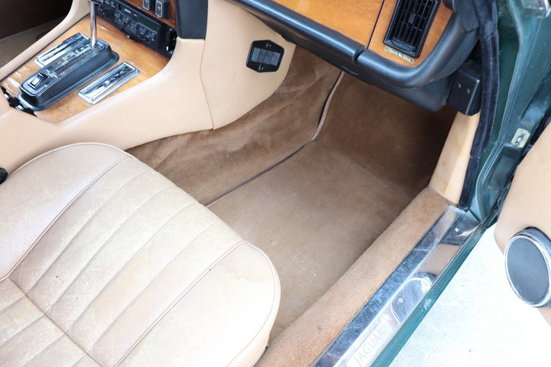542409df5cca8 low res 1987 jaguar xj6