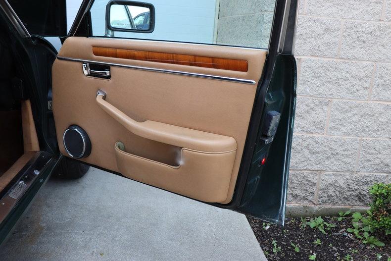542537684e4a4 low res 1987 jaguar xj6
