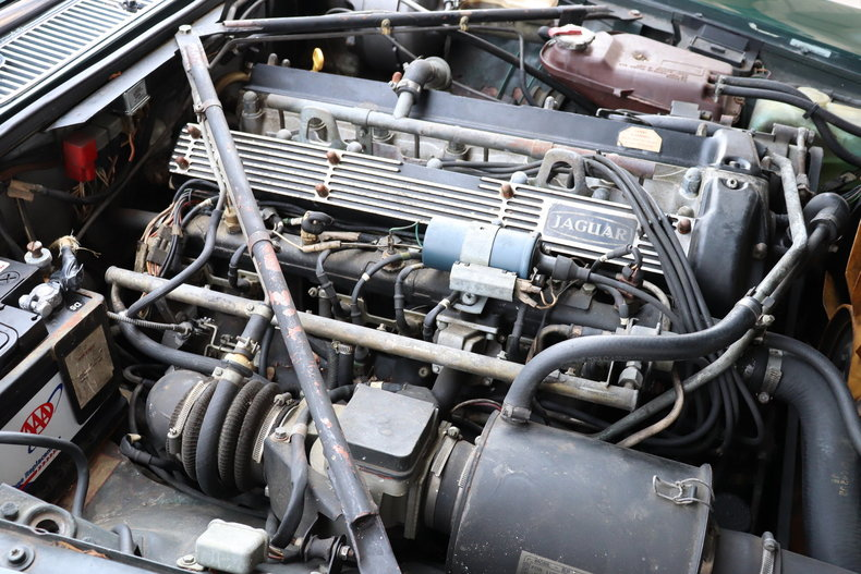 54261981a6707 low res 1987 jaguar xj6