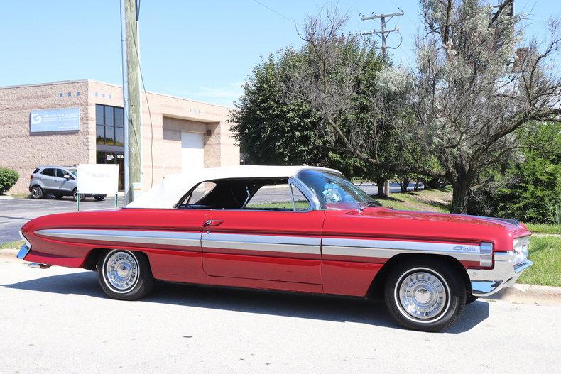54808ee6f233b low res 1961 oldsmobile starfire