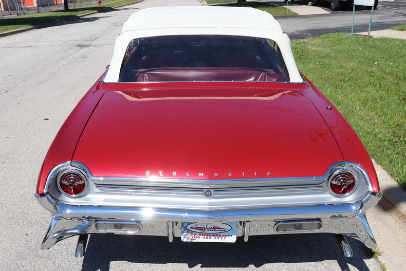 5485093f6ddc6 low res 1961 oldsmobile starfire
