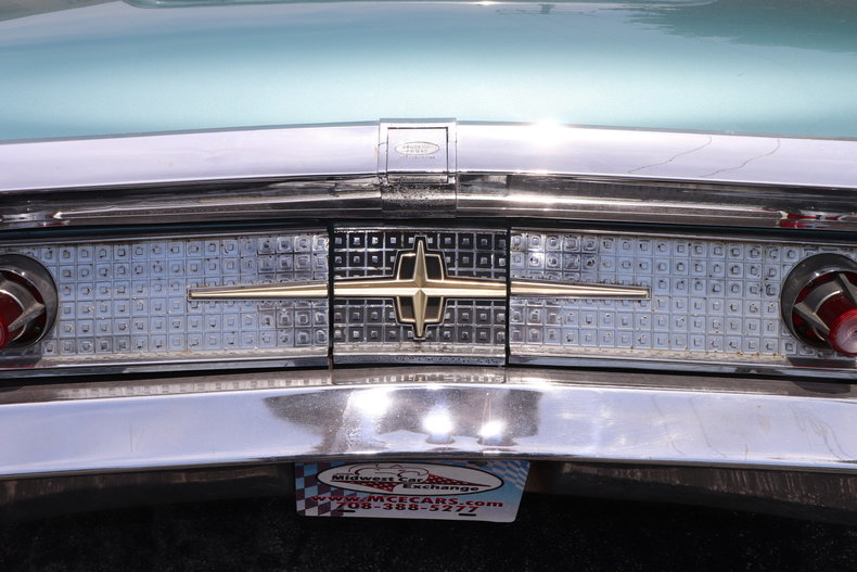 552267f7c0b36 low res 1960 lincoln continental mark v