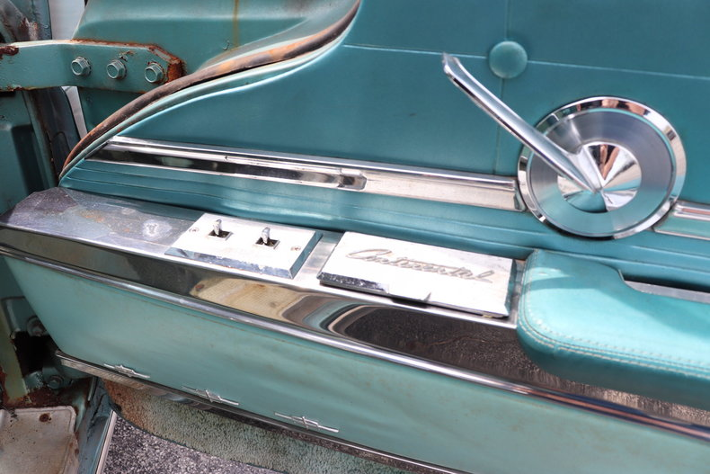 552623c123739 low res 1960 lincoln continental mark v