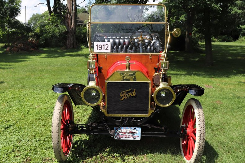 555256045b858 low res 1912 ford model t four door touring