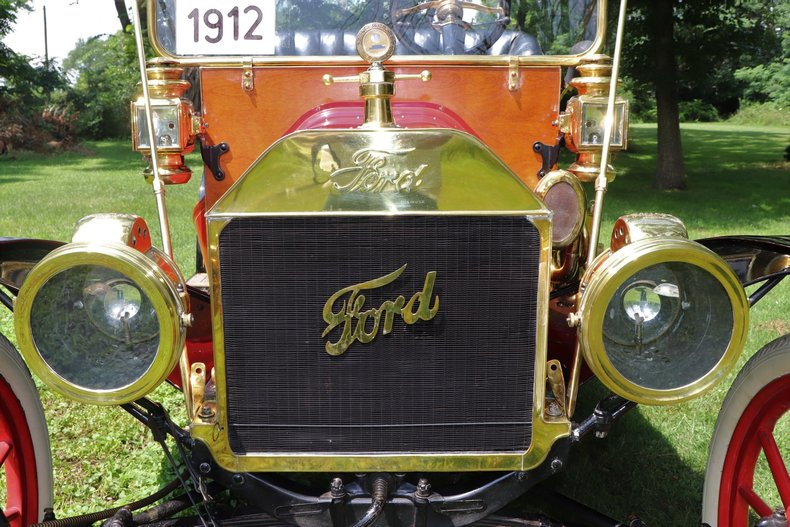 555276fa99888 low res 1912 ford model t four door touring