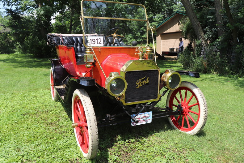 555308332f111 low res 1912 ford model t four door touring