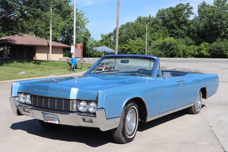 55421ec7909ec low res 1967 lincoln continental