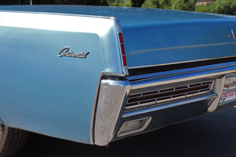 55428c45844ca low res 1967 lincoln continental