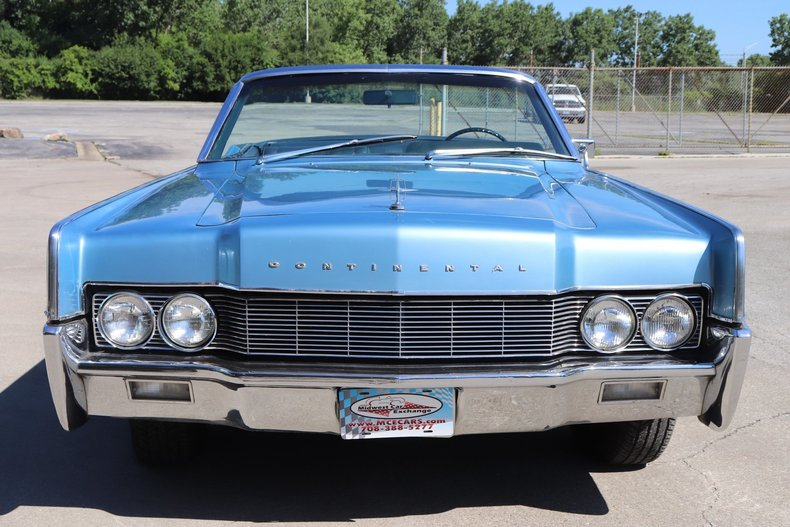 554441a9bdb75 low res 1967 lincoln continental