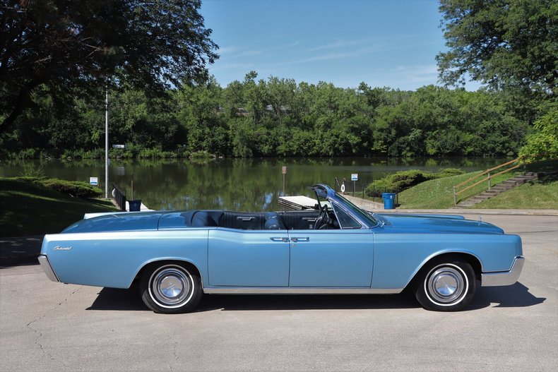 55456f1dda4cb low res 1967 lincoln continental
