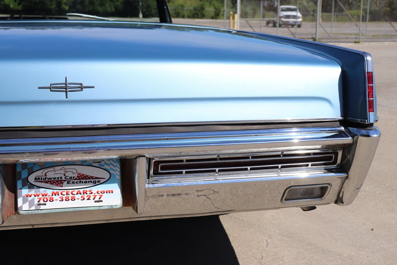 55474c3604b13 low res 1967 lincoln continental