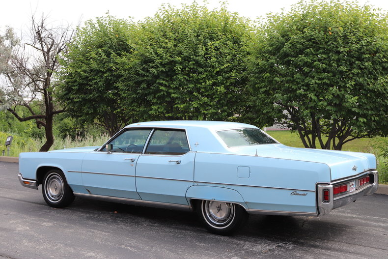 56813bc8e50a7 low res 1972 lincoln continental