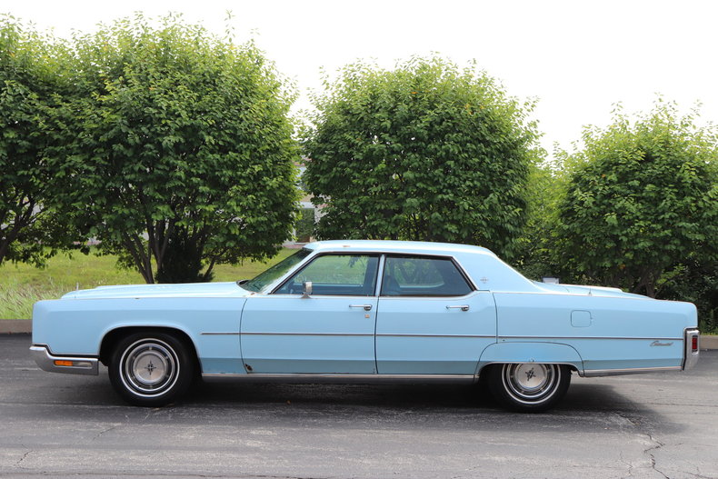 56818d7606c0f low res 1972 lincoln continental