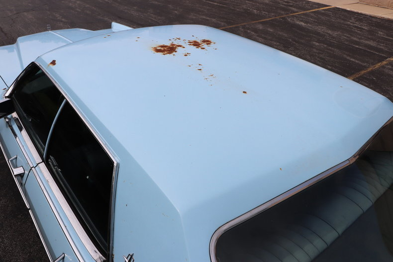 56825bb76357b low res 1972 lincoln continental
