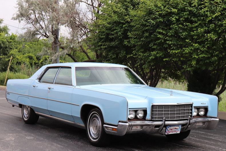 568442df0f048 low res 1972 lincoln continental