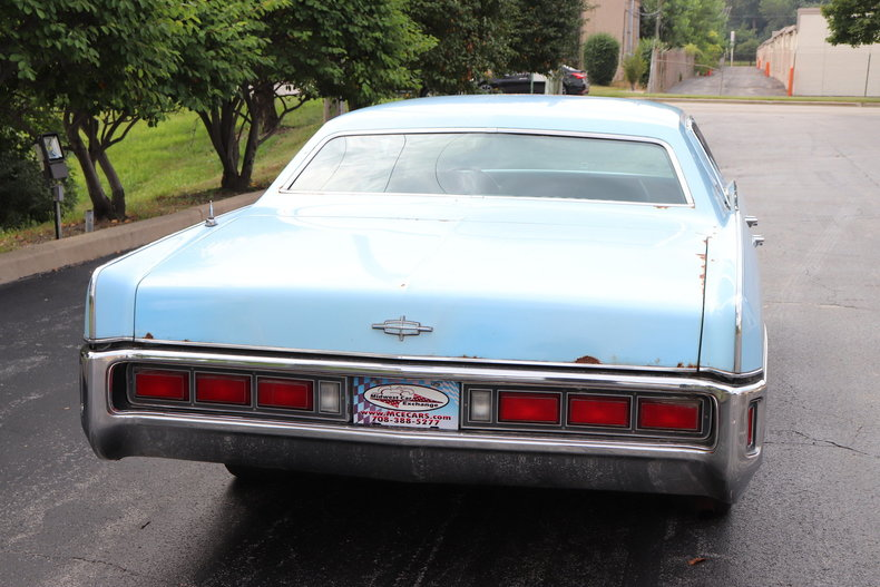 56848597b9b34 low res 1972 lincoln continental