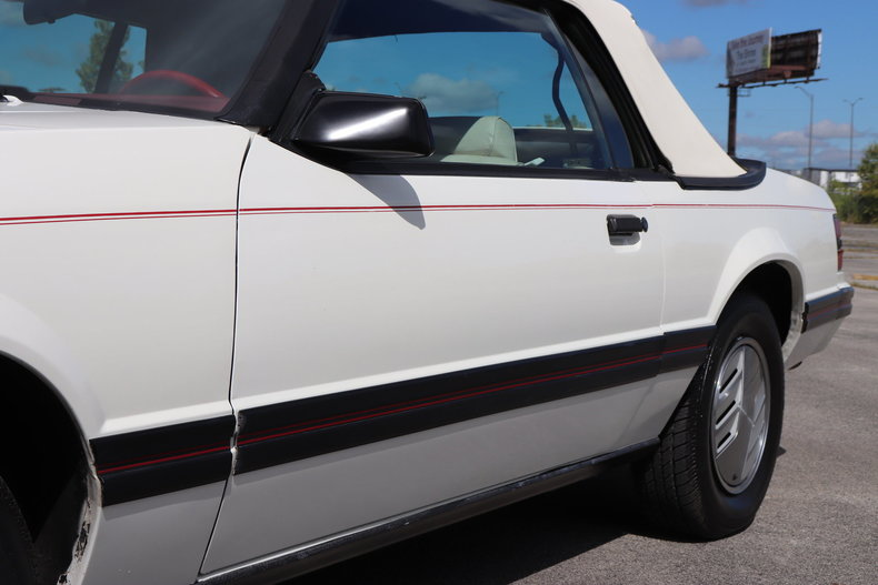 5857496d88350 low res 1983 ford mustang glx convertible