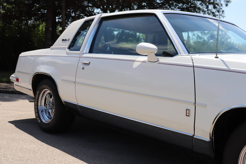 576629fade325 low res 1987 oldsmobile cutlass supreme brougham