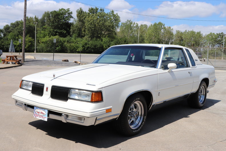 576826814990a low res 1987 oldsmobile cutlass supreme brougham