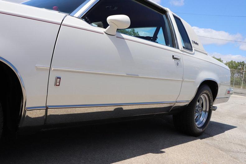 57684177e9172 low res 1987 oldsmobile cutlass supreme brougham
