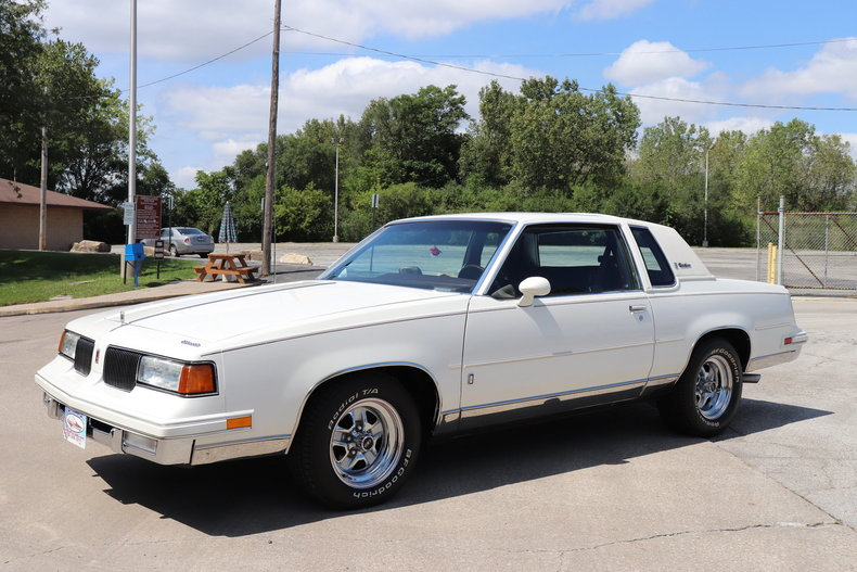 57686166afbe9 low res 1987 oldsmobile cutlass supreme brougham