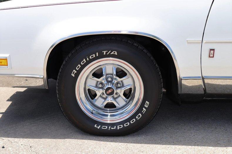 5769578e8f886 low res 1987 oldsmobile cutlass supreme brougham
