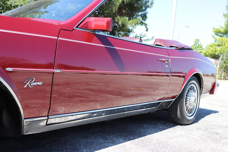 593506ff0e226 low res 1983 buick riviera convertible