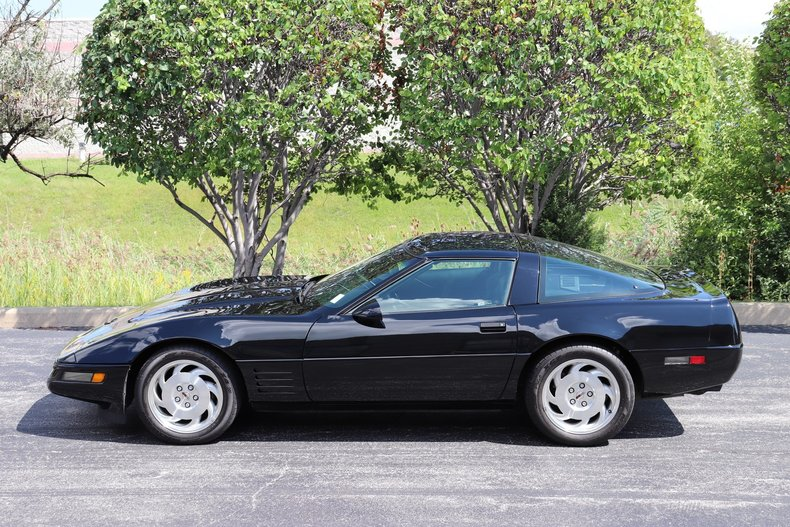 58179a99c6237 low res 1994 chevrolet corvette
