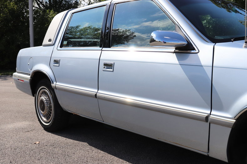 5826242f18609 low res 1992 chrysler new yorker