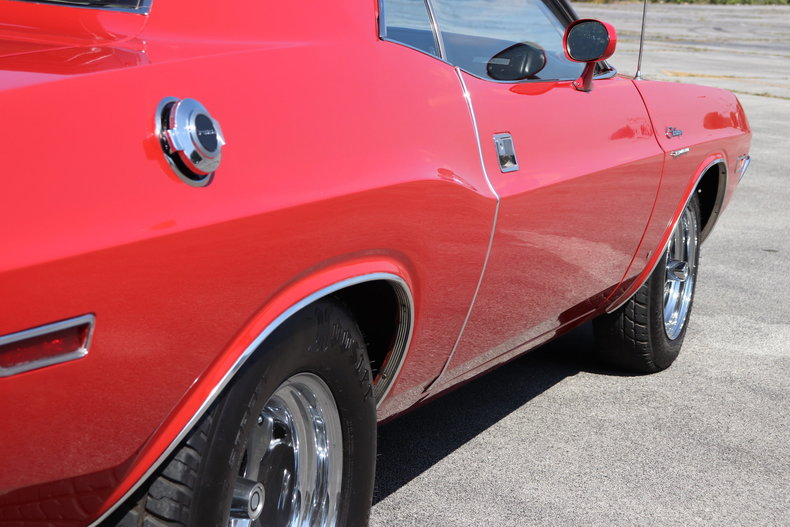 590958ac4fc97 low res 1970 dodge challenger