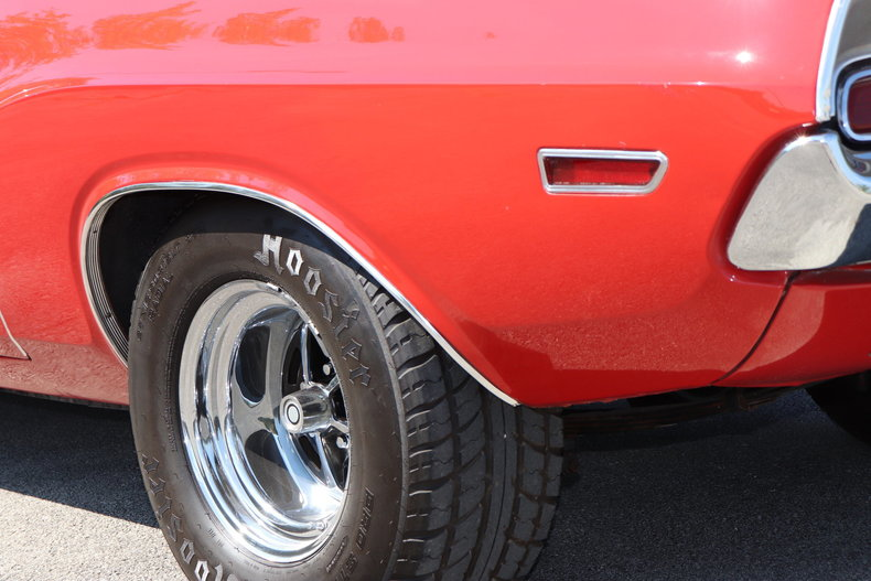 591223cd9a4b5 low res 1970 dodge challenger