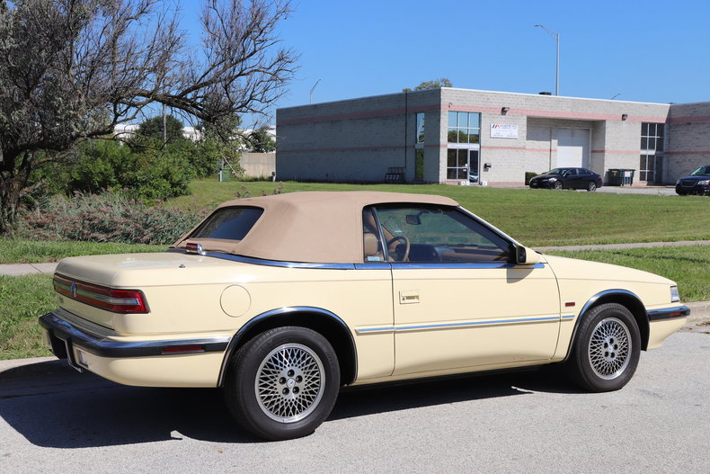 587422767baad low res 1990 chrysler tc by maserati